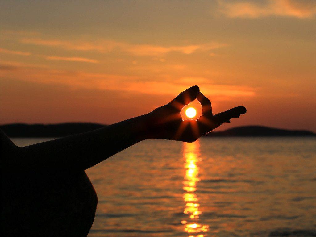 Yoga equilibrio entre mente cuerpo y espíritu para qué sirve 1024x768
